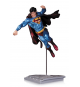 DC Comics APR140320. Estatua Superman.