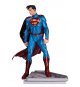 DC Comics JAN150420. Figura Superman de Jonhn Romita Jr.